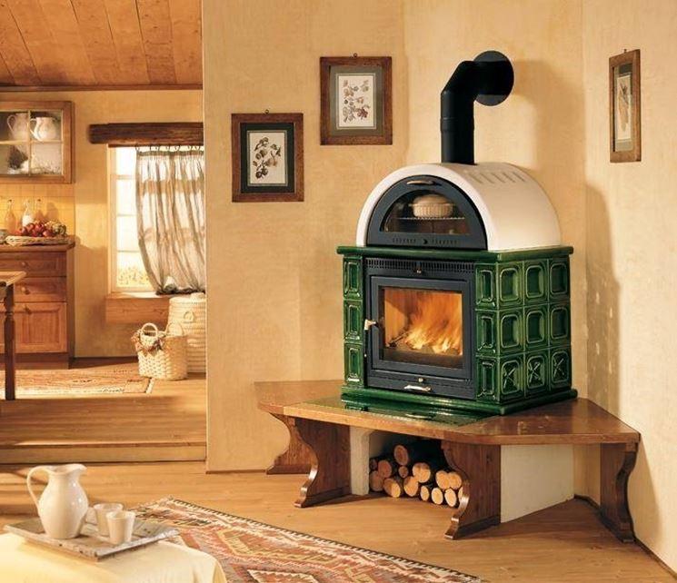 Tipi di legna consigli per la cura di camino e stufa - Stufa a legna per termosifoni ...